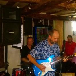Live Music at The Bull Inn Faversham 1